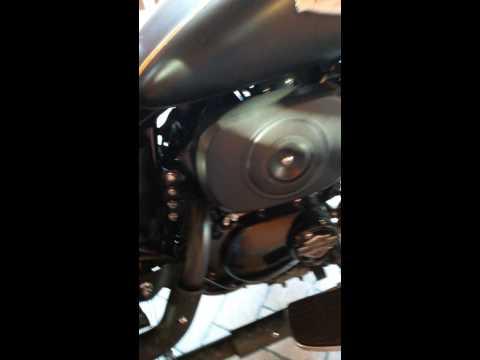 Garinni Gr250t3 com escapamento Harley Dyna