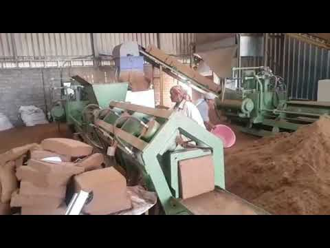 Hydraulic Coco  Peat Block Making Machine