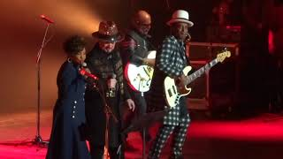 Culture Club & Gladys Knight - Runaway Train @ The Greek Theatre, Los Angeles, CA 10-318