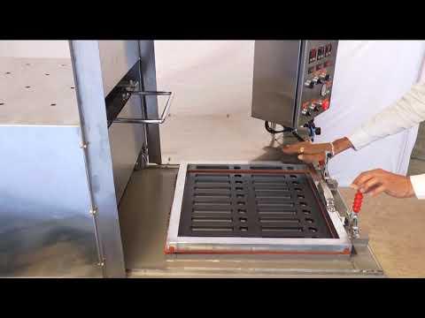 Semi Auto Vacuum Forming Machine