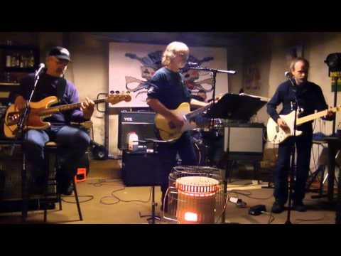 Who'll Stop The Rain - Creedence Clearwater Revival cover
