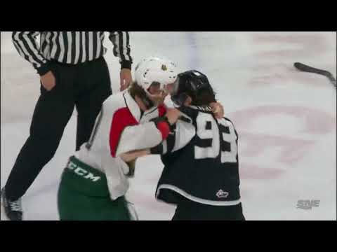 Raphael Lavoie vs. Jeffrey Durocher