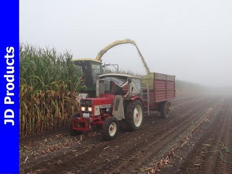 Mais/2014/John Deere 5720/ Maishakselen/Harvesting maize/Maisernte/ Wessum (D)/Duitsland/Deutschland