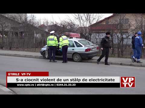S-a ciocnit violent de un stâlp de electricitate