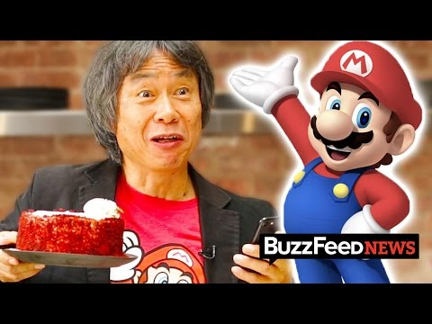 Now Here's A Video Of Shigeru Miyamoto Playing 'Super Mario Run' And Eating Cake