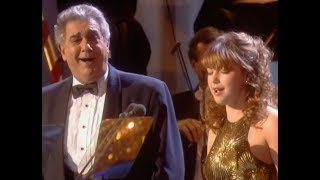 "Charlotte Church & Plácido Domingo: ""O Holy Night""; Charlotte Church: ""Silent Night"" (Vienna, 2000)"