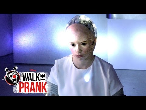 Mind Meld | Walk the Prank | Disney XD
