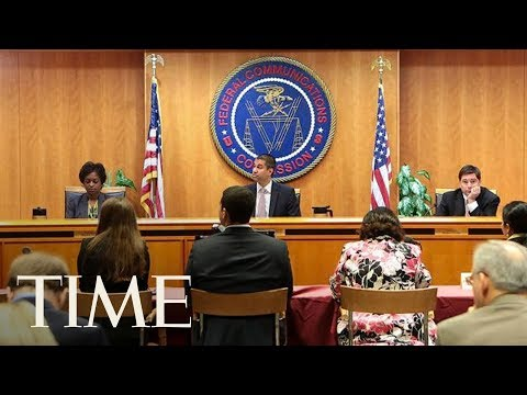 FCC Meeting Takes Unexpected Recess Following Security Threat During New Neutrality Vote | TIME