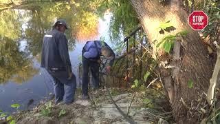 На Осокорках демонтировали незаконное ограждение, перекрывающее доступ к озеру Зариваха