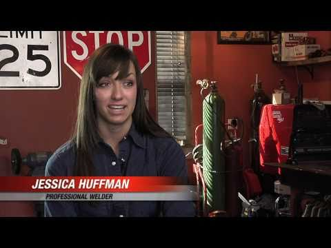 At The Shop With Jessica Huffman, Interview