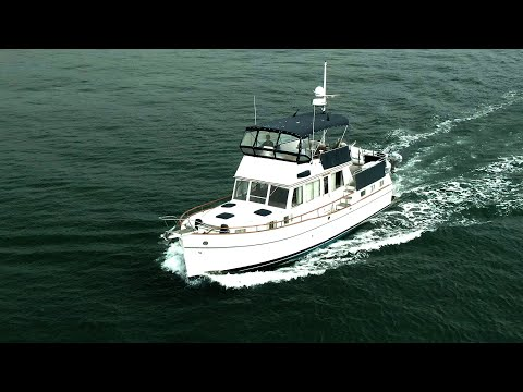 Grand Banks 42 Motoryacht video