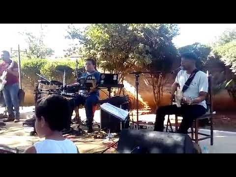 Meu tio tocando em Araçaí