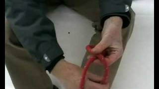 preview picture of video 'Figure of 8 Knots- Sailing Knots from Neilson Active Holidays'