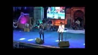 Piya re Piya Re sung by Shreya Ghoshal Live at Dharwad Utsav 2013 Dec15