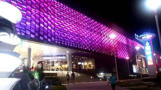 preview picture of video 'Changing Color Building at Central Plaza Lampang'