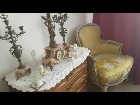 Антикварная и винтажная мебель в нашей квартире . Супер удача !Находки с блошиного рынка.