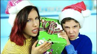Christmas Gifts Teens VS Adults!
