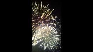 preview picture of video 'Fireworks Jeddah Al-Hamra Dist. 10.8.2013'