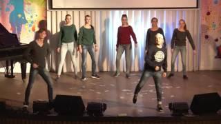 Смотр первокурсников Физико математический факультет    Массовый танец «Royal dancer»