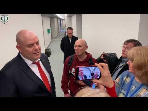 Иван Гешев в неформален разговор с журналисти в ЕП