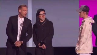 AMAs 2015 - Collaboration Of The Year (Skrillex & Diplo - Where Are Ü Now (Feat. Justin Bieber)