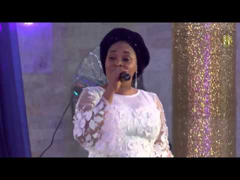 Tope Alabi live