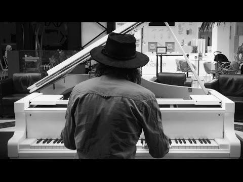 Chandelier (Piano Version) - Sia