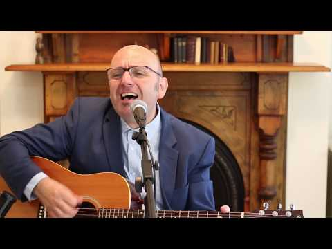Blue Chair (Elvis Costello & The Attractions)  - Acoustic Version by Victor Stranges