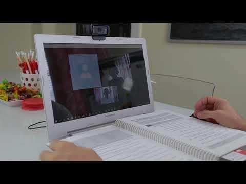 Kadr z filmu na youtube - Lingua Pro - zajęcia przez skype wersja 2