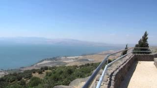 preview picture of video 'מצפה לשלום, כפר חרוב רמת הגולן התצפית המדהימה ביותר על הכנרת. מורה דרך: צחי שקד'