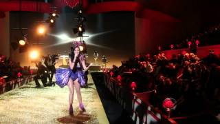 Katy Perry   Firework  Best Performance Victoria's Secret Fashion Show 2010)