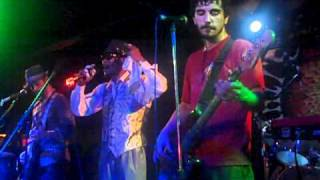 100 Monkeys - San Antonio 0102 - Invisible Monsters