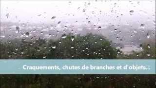preview picture of video 'Passage le 3 janvier 2013 du cyclone Dumile à La Possession - Île de La Réunion'