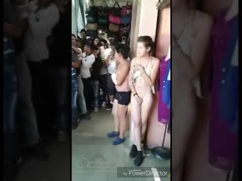 Desnudas por robar