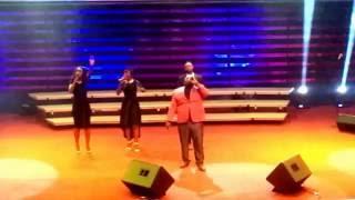 Aladewura, we Worship you... Live Performance by  Solomon Lange