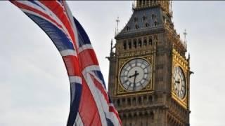 euronews reporter - UK-EU: should I stay or should I go?