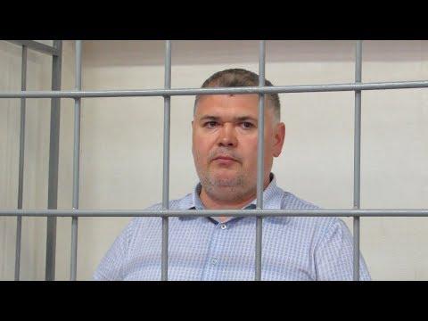 Суд отправил начальника «шестого отдела» УВД Челнов под домашний арест
