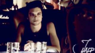 Эндрю Ли Поттс, Andrew Lee Potts - This Is Why Im Hot.