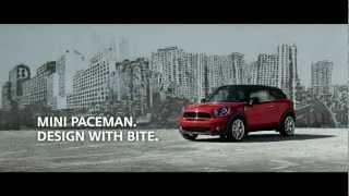 MINI Paceman Urban Street Art Extended Length - English