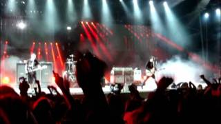 9/9/2011 The Party Song - Blink 182 (first time live!)