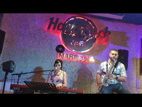 Judith & Jerry Sax Live in Hard Rock Café. Bossa Agua de Beber