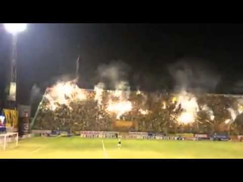 """""""La Mega loco Gran Final del apertura 2013"""" Barra: Mega Barra • Club: Real España"""