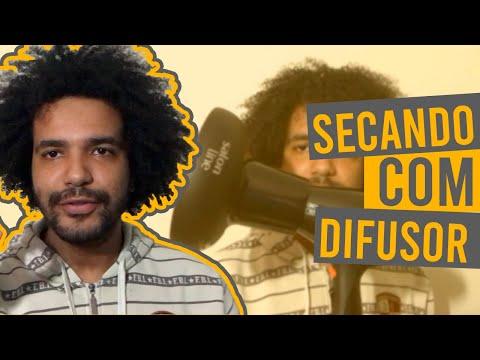 SECANDO CABELO CRESPO CACHEADO COM DIFUSOR