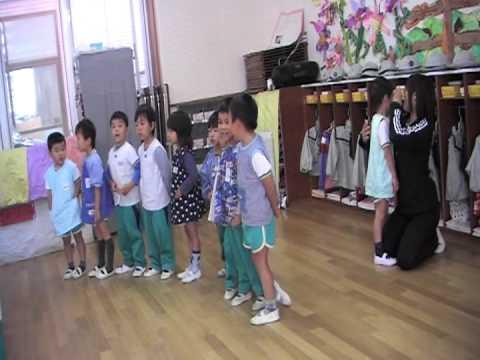 ひなた幼稚園で歌