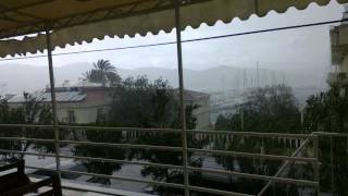 preview picture of video 'Raining in Fethiye (Fethiye Guesthouse) balcony.'