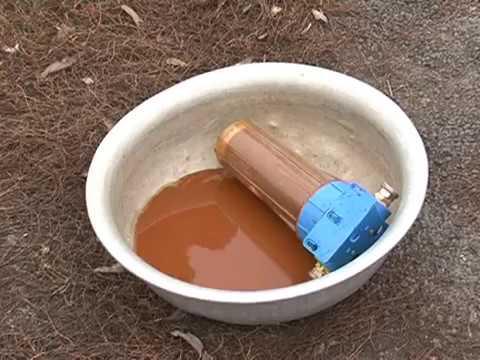 В Курской области жители населенного пункта около года пьют привозную воду