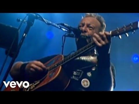 Video: La Navidad De Luis, interpretada por el cantautor León Gieco
