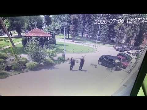 Kovid pacijenti bacaju svoje stvari porodici kroz prozor, lekari upozoravaju da ne šire zarazu [video]