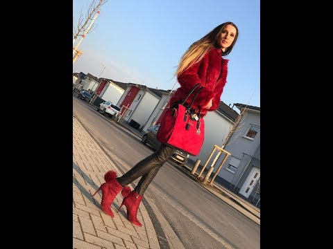 Lara in Wildleder Stiefeletten Ankle Boots Lederhose leather pants fur jacket