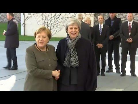Στο Βερολίνο η Τερέζα Μέι